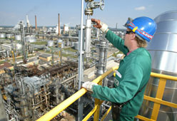Activities for Accident Prevention - Pilot Project – Refineries